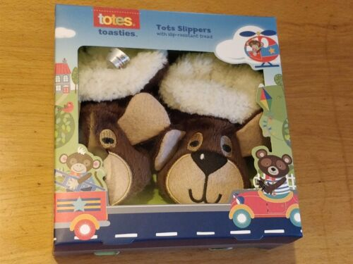 TOTES TOASTIES TOTS BABY BOY/'S WARM CUTE BEAR SLIPPERS SIZES 6-18 MONTHS BNIB