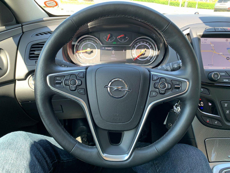 Opel Insignia 1,6 CDTi 136 Edition Sports Tourer