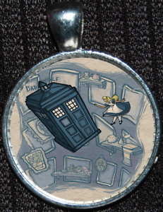 Disney-Alice-Wonderland-Doctor-Who-Tardis-Police-Box-Pendant-Jewelry-Necklace