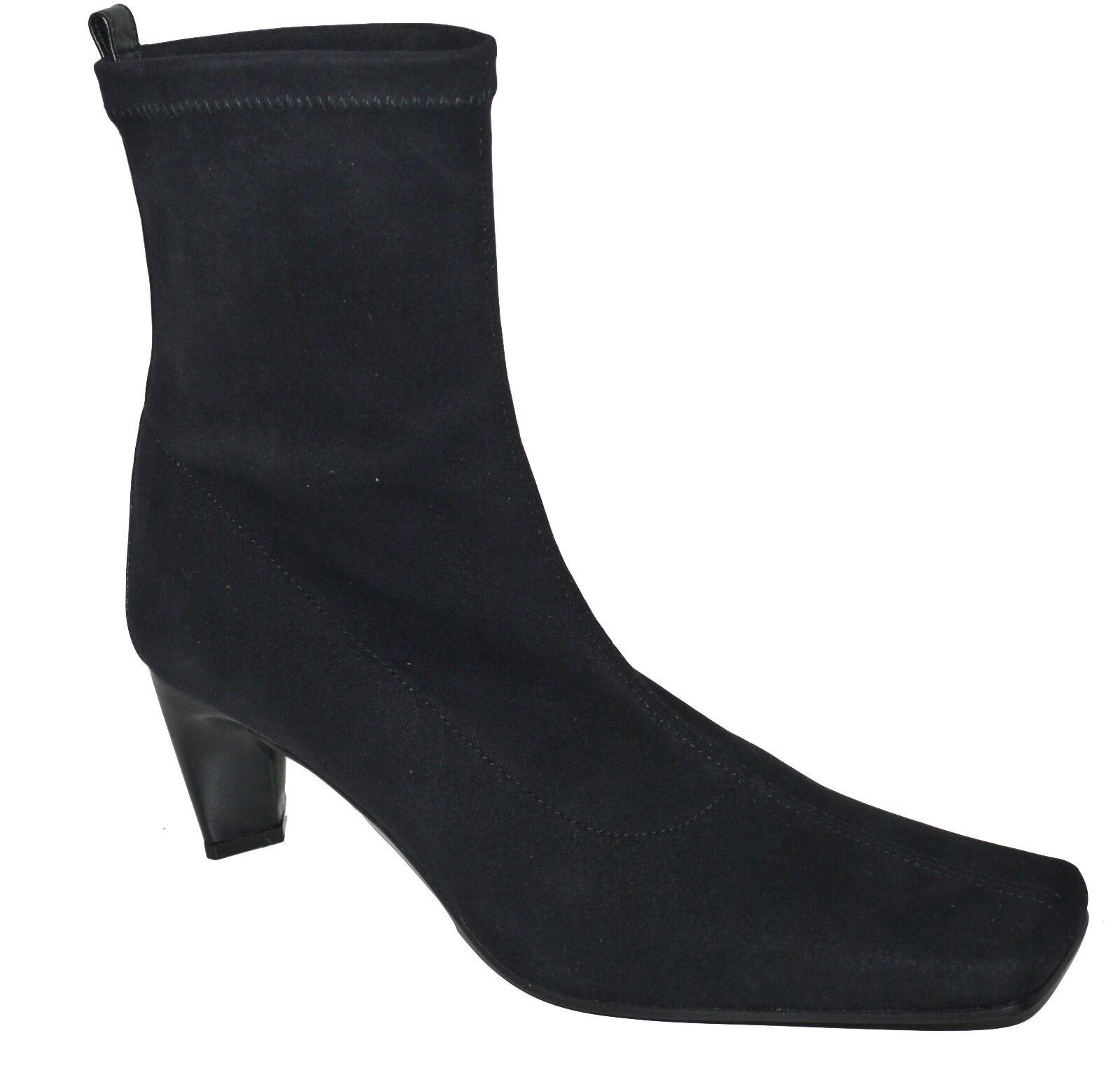 Martinez Valero Above The Ankle Black Pull On Boots UK 2.5 EU 35.5 NWOB