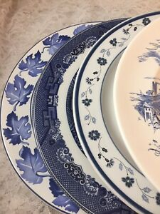 4-Vintage-Mismatched-China-Transferware-Dinner-Plates-Blue-and-White-148