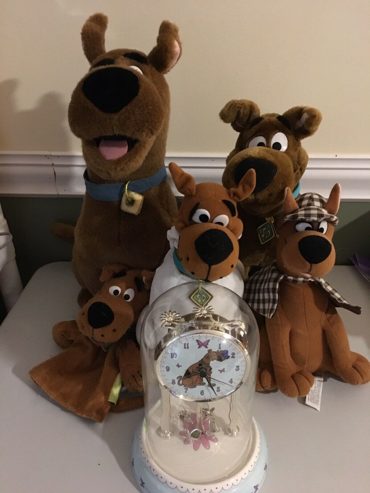 Scooby Doo Lot  Of Plush Animals, Clock, Dollt Lot Of 6