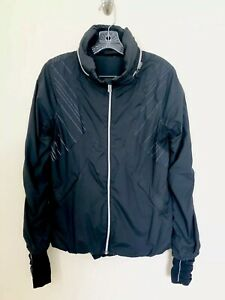 LULULEMON-Run-Hustle-Jacket-Black-Reflective-Stripes-Hooded-SZ-8-Thumb-Holes