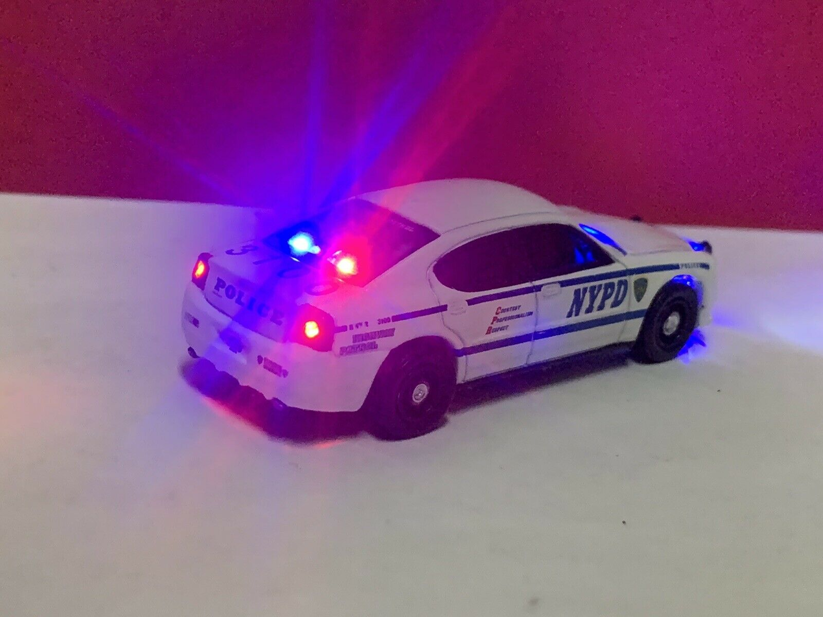 Custom 1 64 Scale Police Car With Working Led Lights Car Diecast Charger For Sale Online Ebay
