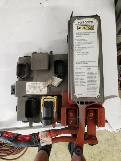 Sam Chassis Module For Freightliner A0675982005 Ecu