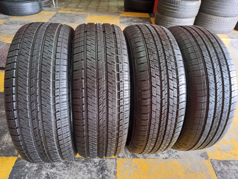 235/65/17 CONTINENTAL 4×4CONTACT TYRES×4