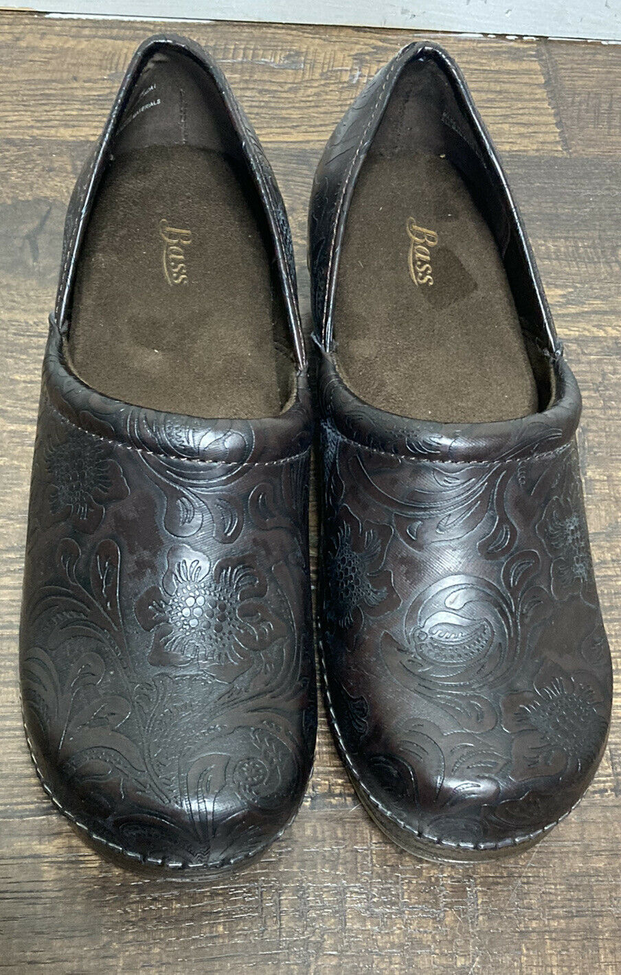 BASS Melinda Scrolled Brown 2 Inch Heel Clogs Women's Size 8 M New Without Box