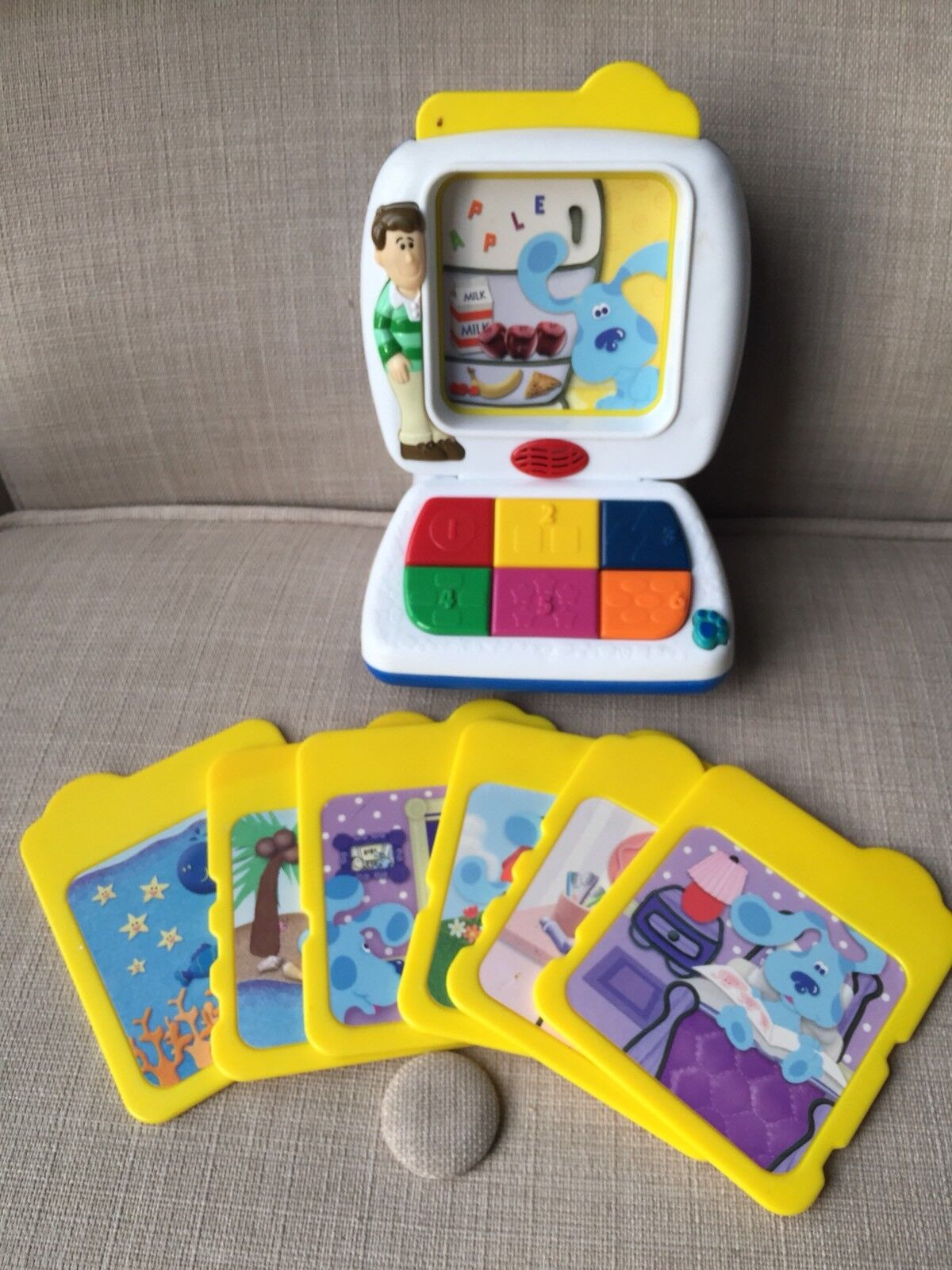 Blau'S CLUES TYCO TALKING LEARNING ELECTRONIC EDUCATIONAL TOY 2000