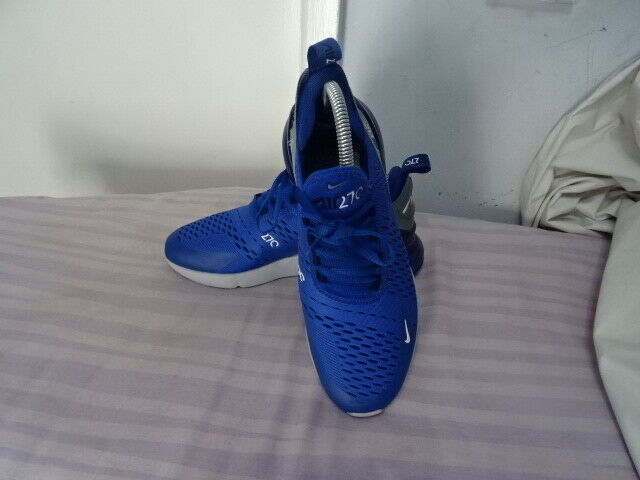 MENS Nike Air 270 azul blanco Leather TextileTrainers UK 6 EU 39 Great Condition