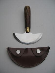 Halbmondmesser-aus-Edelstahl-Halbmond-runder-Griff-und-Leder-Schutztasche