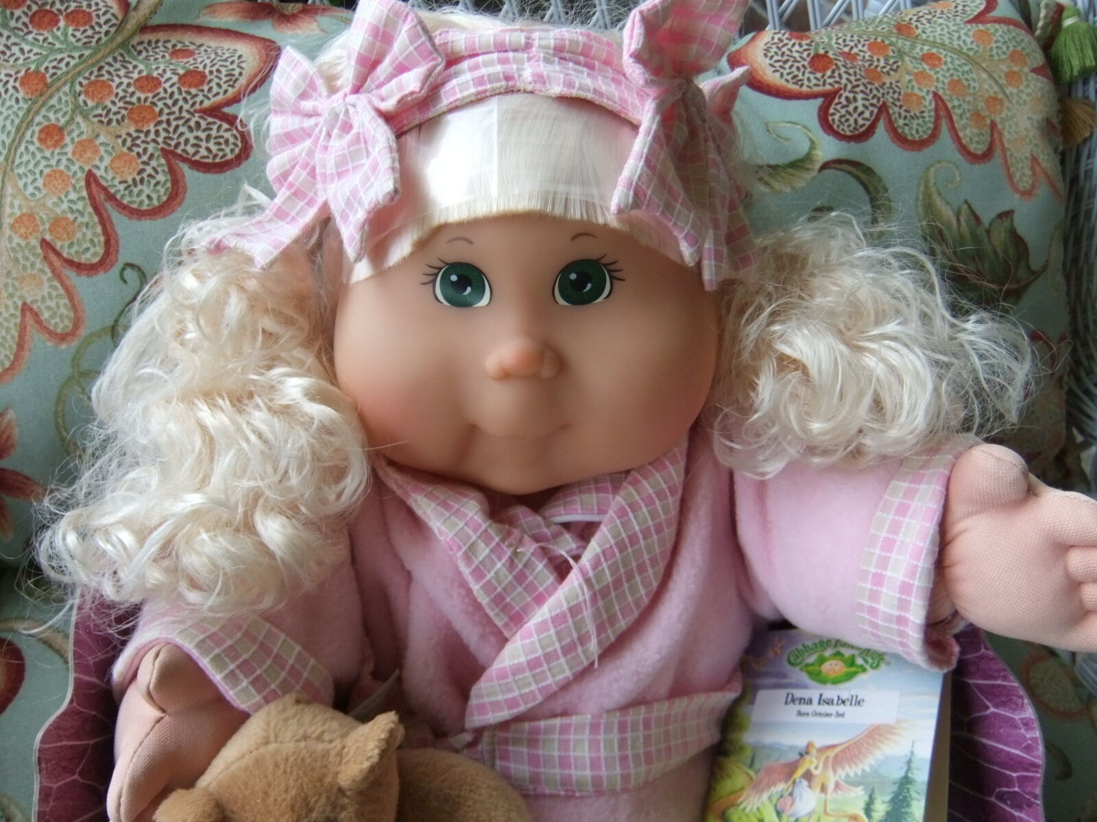 Cabbage Patch Kids,20  Doll 2002 TRU Excl K-2 Dena Isabelle Born October 3rd new