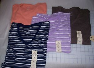 WOMENS-ST-JOHNS-BAY-3-4-SLEEVE-SHIRTS-MULTIPLE-COLORS-AND-SIZES-NEW-WITH-TAGS