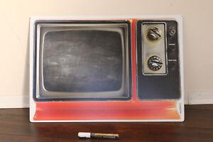 mySpotti-pop-memoboard-Spritzschutz-Kuechenrueckwand-old-school-alter-Fernseher-TV