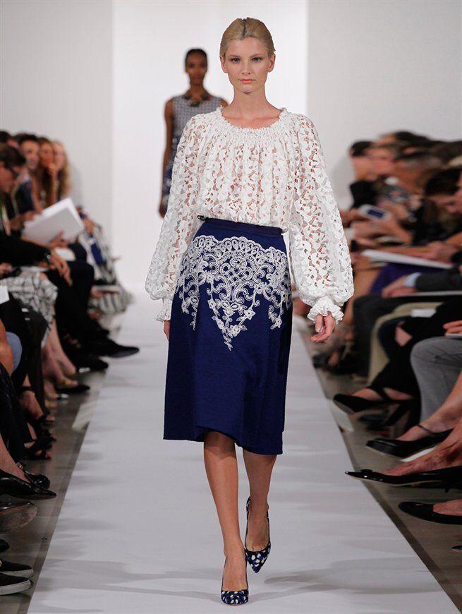 2690 New RUNWAY Oscar de la Renta Lapis White bluee Embroidered Full Skirt  6