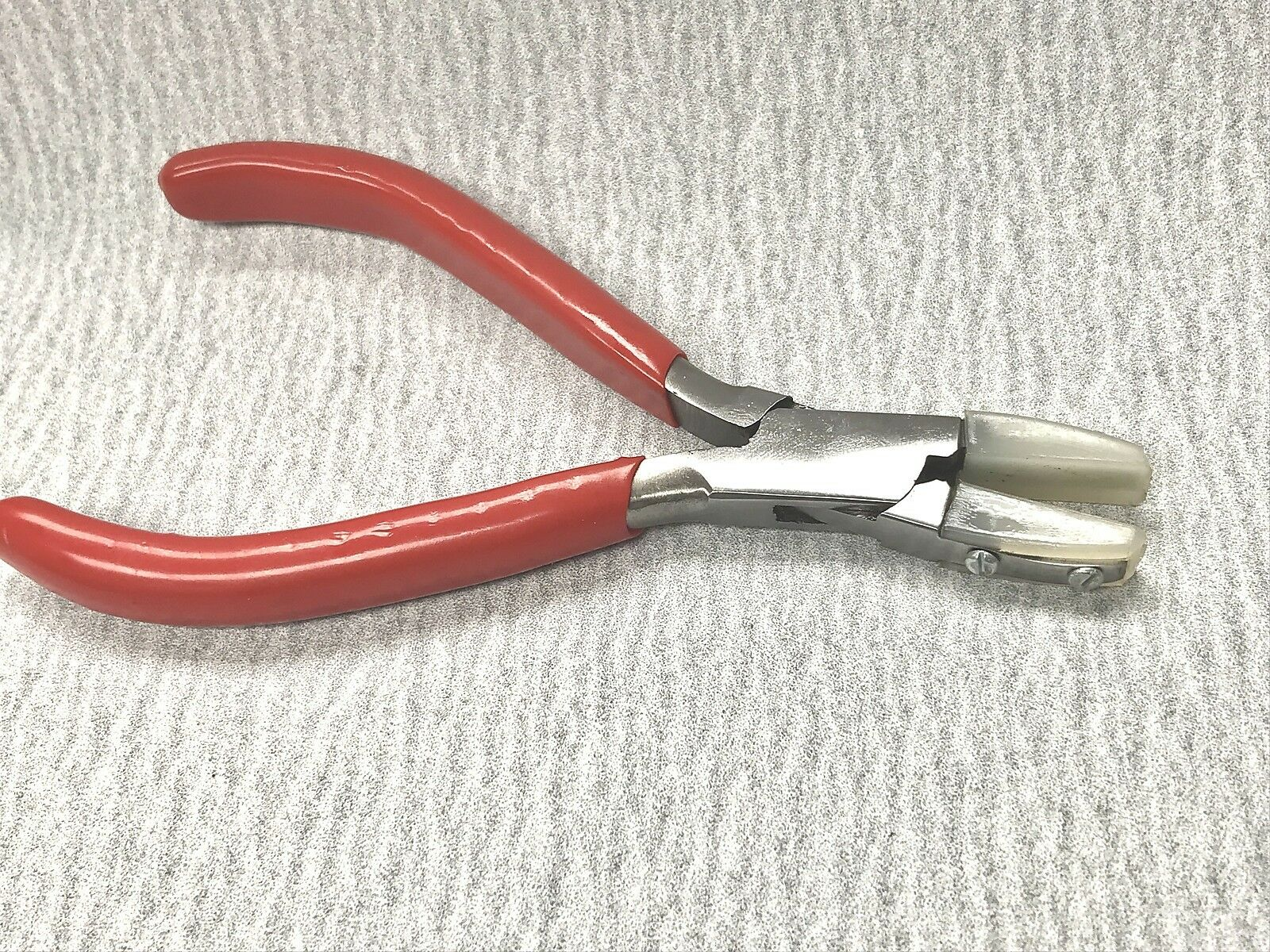 """FLAT NOSE PLIERS NYLON JAWS 5-3//4/"""" NON MARRING JEWELRY PLIERS WIRE WRAPPING"""