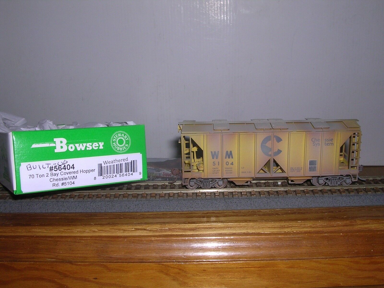 BOWSER Chessie W.M. ACF 70 Ton 2-Bay Cov. Hopper Car Weath. 1 87