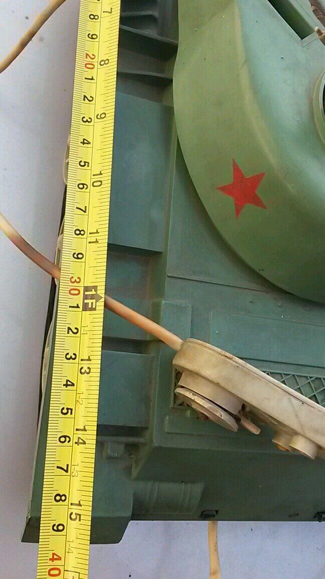 VINTAGE TOY TANK LARGE ARMY ARMY ARMY PLASTIC COMMUNIST ERA DDR GDR RUSSIA USSR REMOTE 5e9540