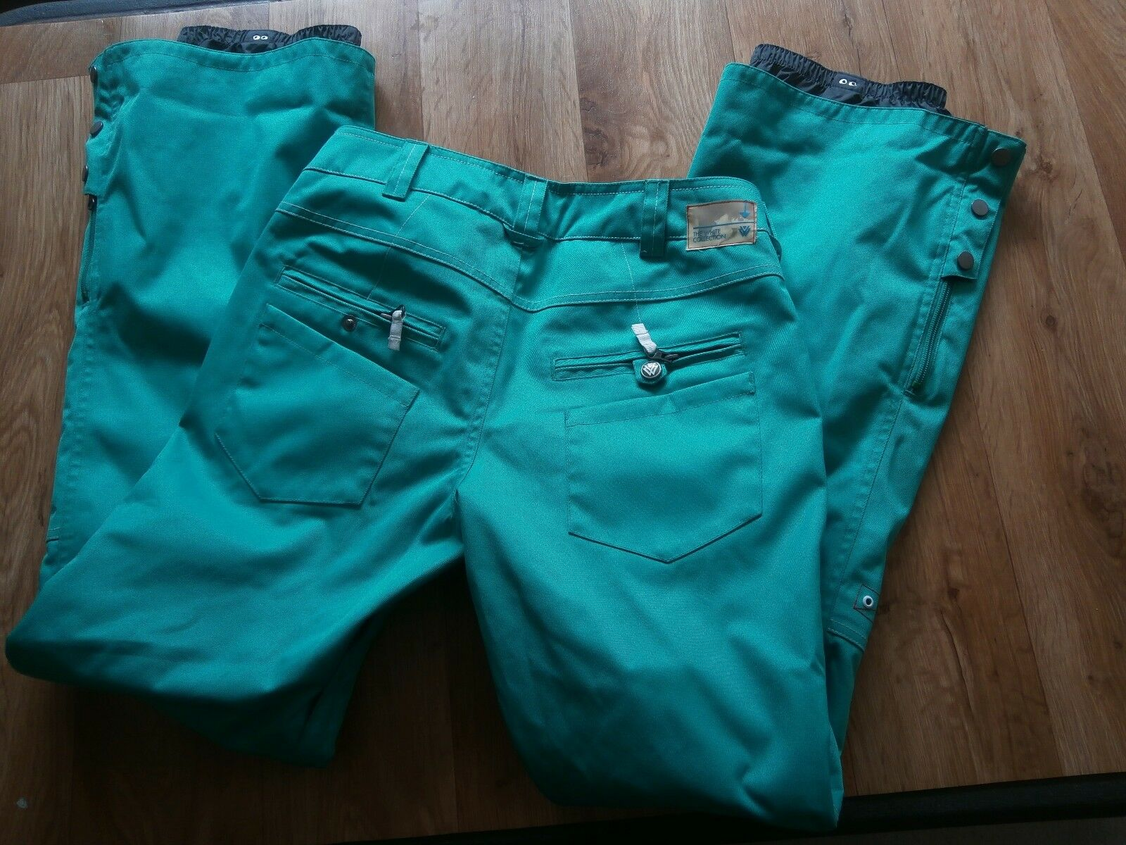 Burton The White Collection Dry Ride Snowboarding Skinny Pants Size XS,