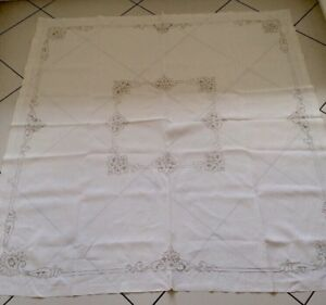 ANTIQUE-LINEN-HAND-EMBROIDERED-MADEIRA-TABLECLOTH-66-X-66
