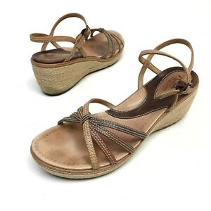 69a3bb4eecad Details about Women s Clarks Artisan Brown Ankle Strap Wedge Platform Sandals  Size 9.5 M
