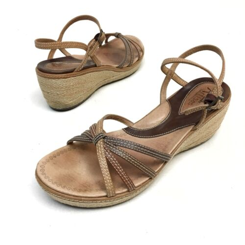 @@ Women's Clarks Artisan Brown Ankle Strap Wedge