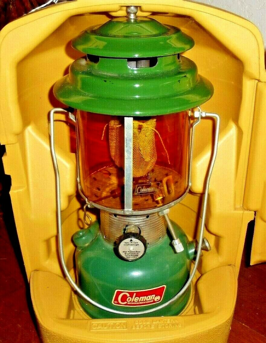 VINTAGE (4 67) COLEMAN LANTERN 220F (AMBER COLORED GLOBE) w/COLEMAN CARRY CASE