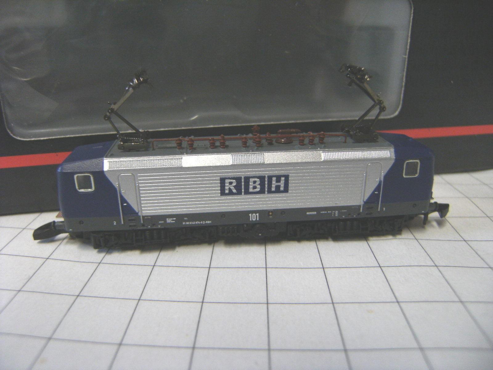 Z 88435 Elektrolok BR 143 della RBH Logistics NUOVO OVP