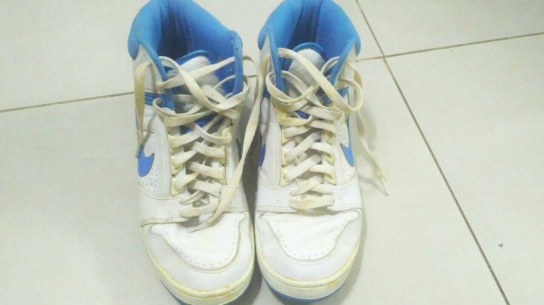 Mens Nike Air Air Air Force 1 '07 Weiß Lt Blau Größe 9.5 4c9ff4