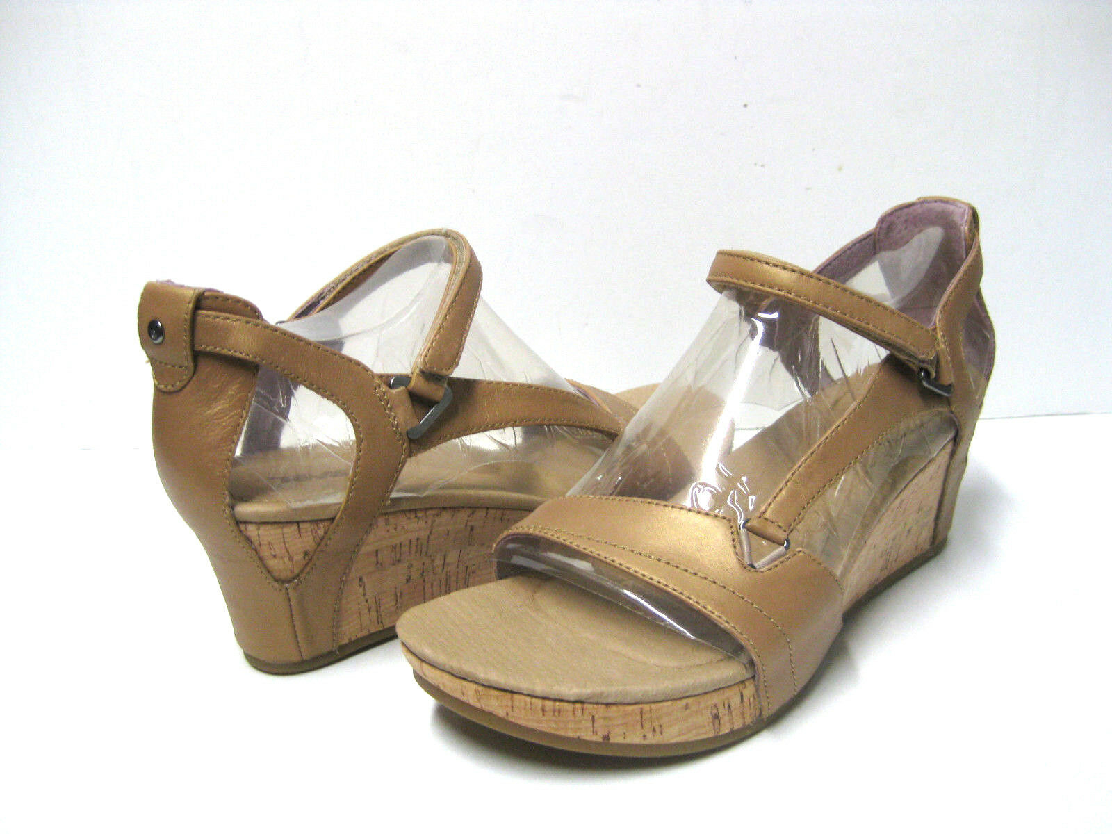 Teva Capri Wedge Pearlized Pearlized Pearlized Tan Women Sandals US7 b59d5e