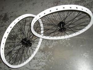 Halo-SAS-Disc-Wheels-PAIR-Shimano-Hubs-WHITE-26-034-Mountain-Bike-8-9-10-speed