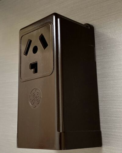 GE GENERAL ELECTRIC SURFACE RECEPTACLE 220 DRYER A//C 30A 250v GE 4130-1