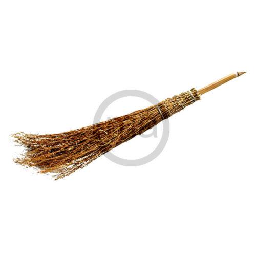 Bambus-Reisigbesen und Reisstrohbesen mit Bambusstiel