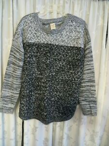 Ladies Pullover Sweater with Long Sleeves Black/Grey/White  FADED GLORY XL Nice
