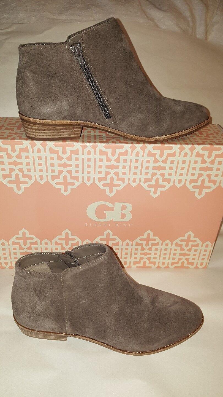 Gianni Bini GB Pearce-ing Greyline Suede Donna Ankle Booties Sz 8M New W/Box
