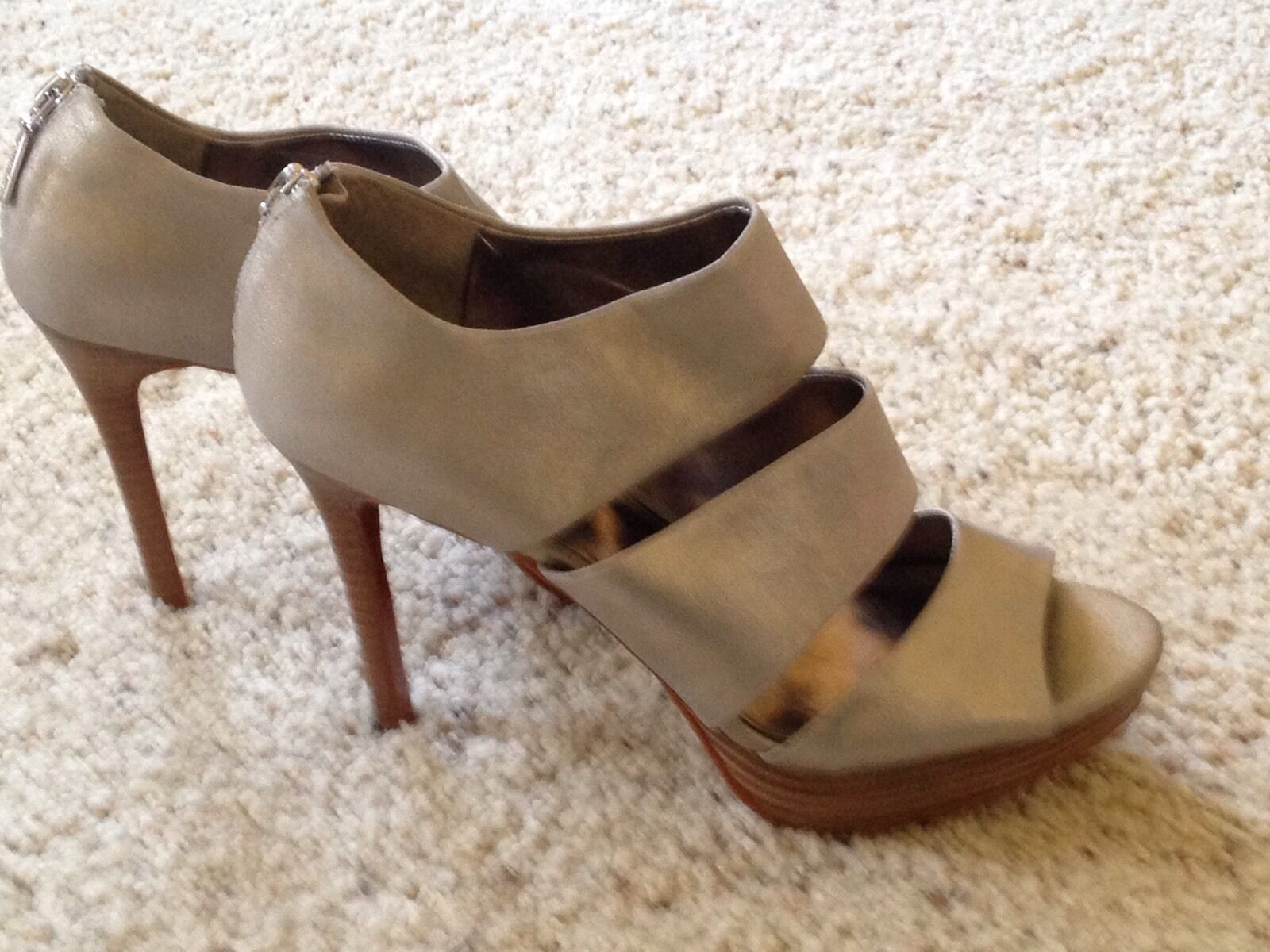 Calvin Klein  Beutiful Heels, Gray color, Size 10