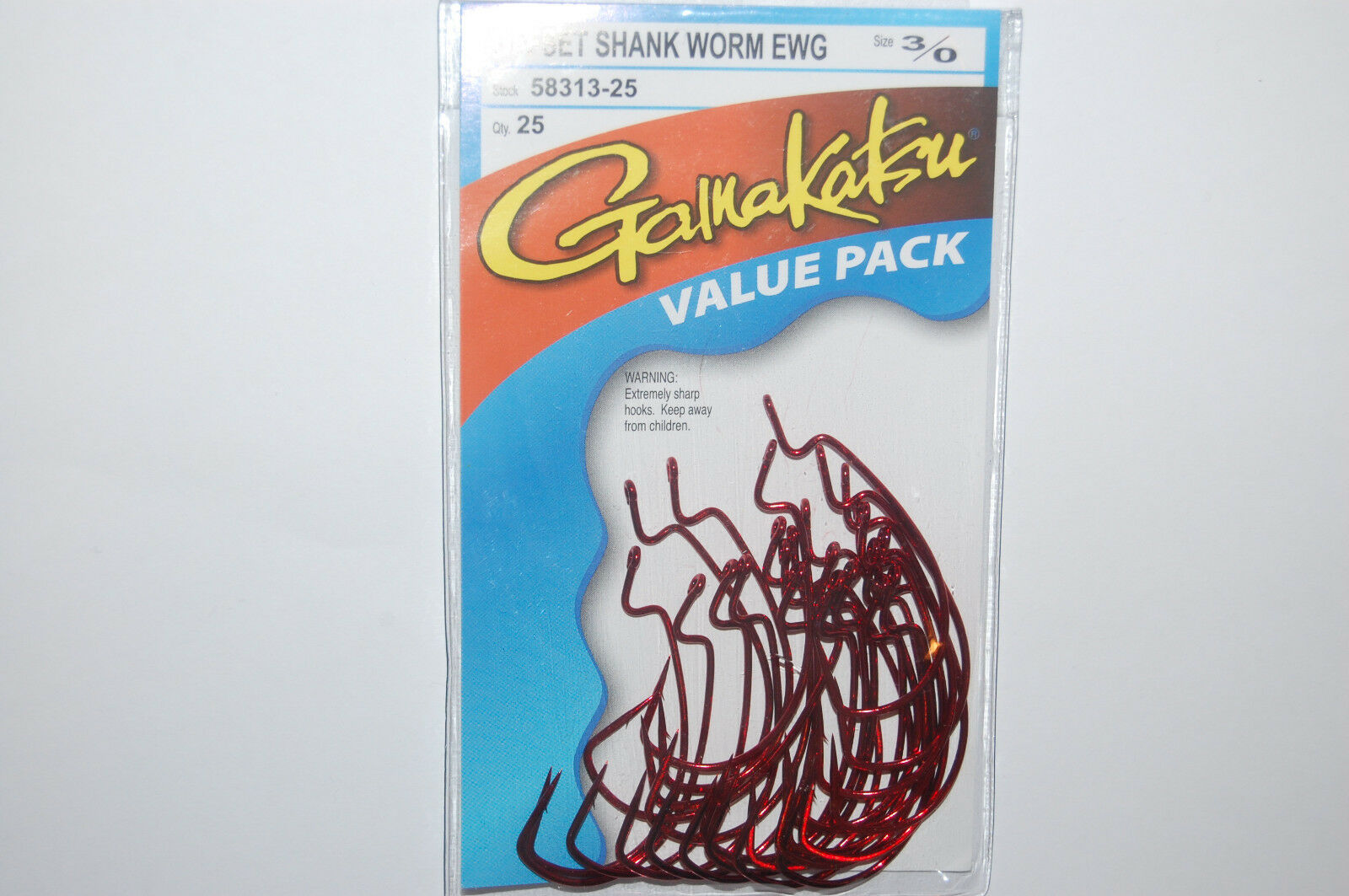 New Gamakatsu 3//0 Red Offset Shank Worm EWG Value Pack 25 Fish Hooks