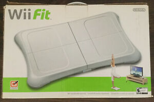 EUC-Nintendo-Wii-Fit-Bundle-Game-and-Balance-Board-2009-In-Box