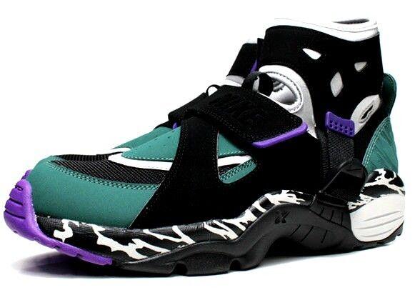 Nike Air Carnivore Huarache Green 10.5 Max 1 90 force Jordan 11 180 270 force 90 dunk 95 23e82a
