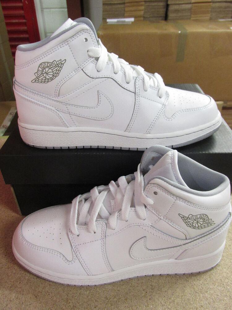 Nike Air Jordan 1 mid bg baskets montantes 554725 112 baskets chaussures-