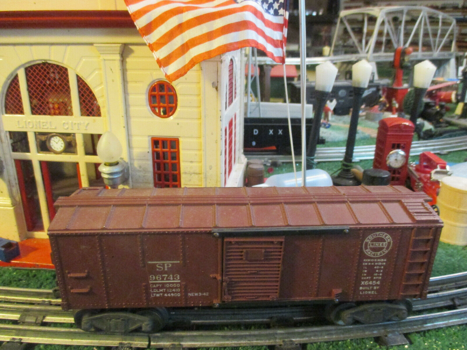LIONEL POST WAR X6454  SOUTHRN PACIFIC BOX CAR VG ORIG COND 1949-52 NICE