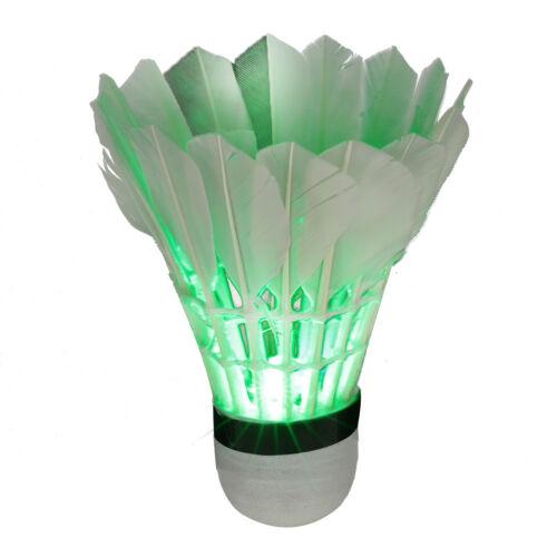 Badminton 4Pcs Bunte LED Badminton Feather Federball Shuttlecocks Federbälle für Nacht
