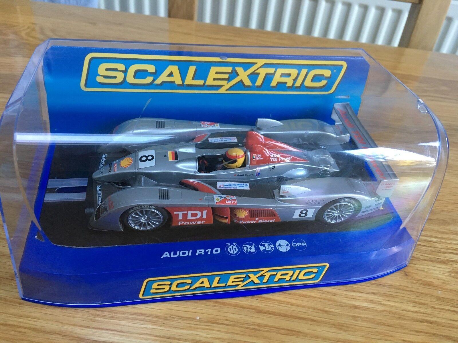 Scalextric Audi R10 TDI Power NO.8 DPR C2809 - Excellent