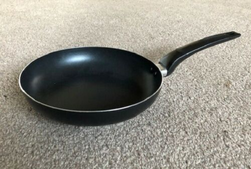 24cm Non Stick Aluminium Frying Pan Frypan  Blue Grey Black Ideal For Eggs