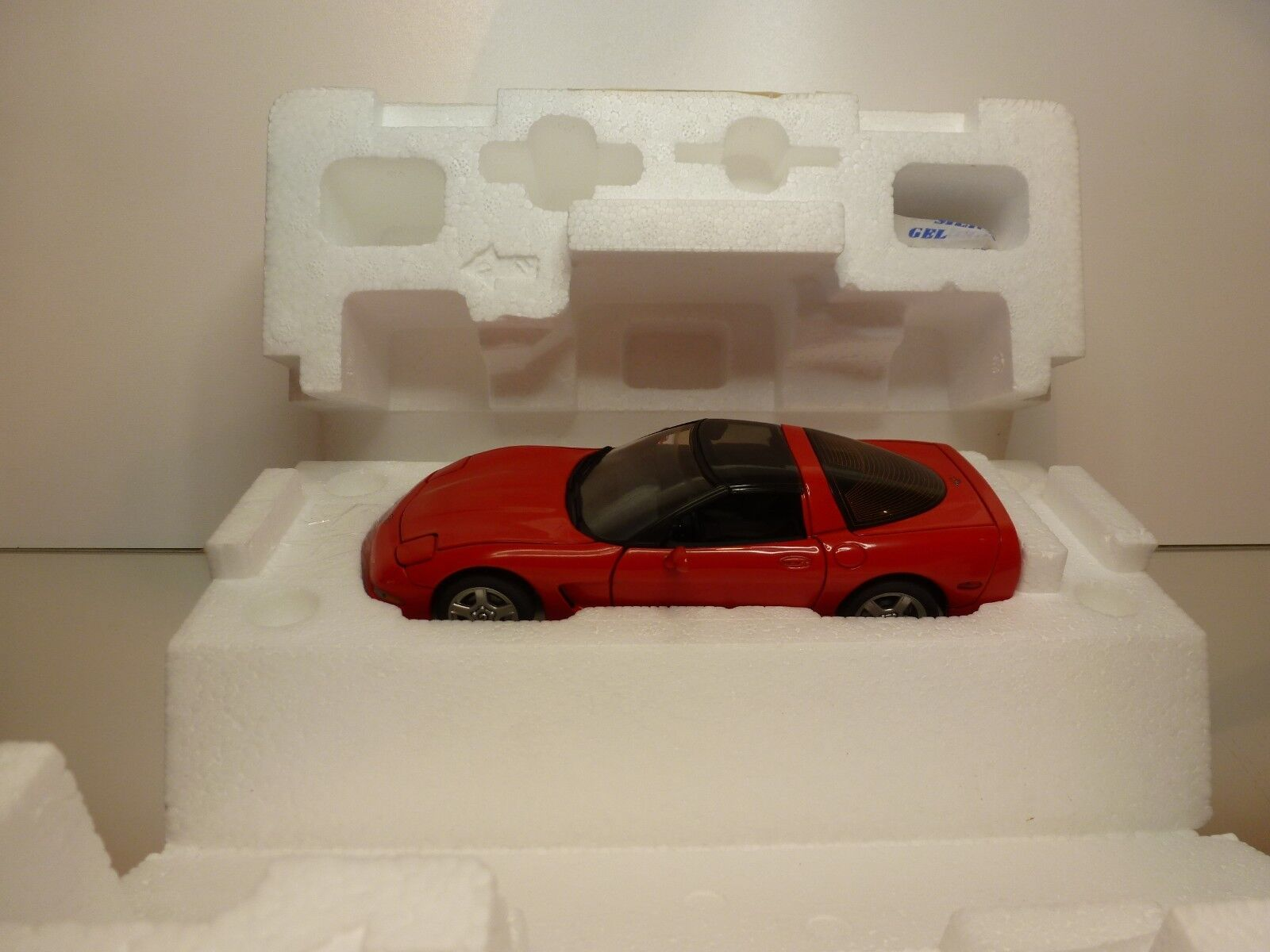 FRANKLIN MINT B11WW95 CHEVROLET CORVETTE 1998 - RED 1 24 - EXCELLENT IN BOX