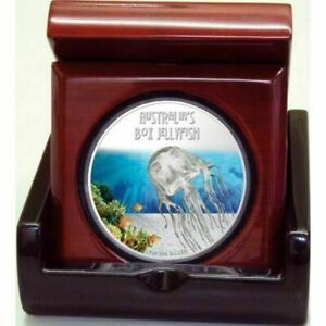 DEADLY & DANGEROUS 2011 TUVALU BOX JELLYFISH 1OZ SILVER PROOF COIN.