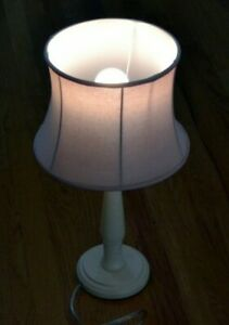 Pottery Barn Kids Table Lamp Ivory White With Pink