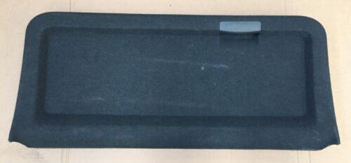 AUDI A2 00 05 BLACK BOOT TAILGATE CARPET TRIM WITH HANDLE 8Z0 867 979B 8Z0867979