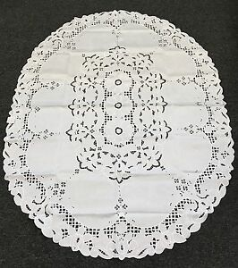 """Embroidery 72x90"""" White Polyester Cutwork Embroidered Oval Tablecloth napkins"""
