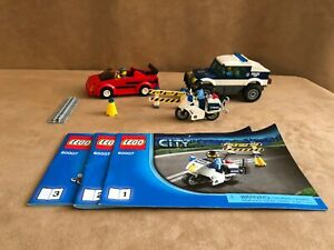 60007-Lego-Complete-City-High-Speed-Chase-police-minifigure-cops-robber