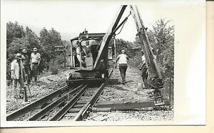 NF-065 - Vintage 8x5-inch Photo Clinchfield CRR Men and Repair Machine on Track